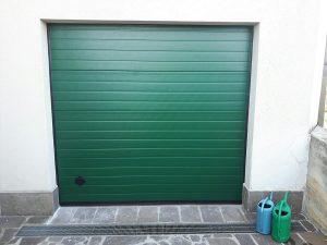 porta sezionale verde